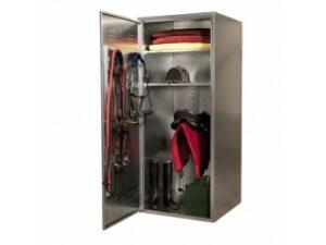 Sattelschränke sind vor allem für die sichere Aufbewahrung von Reitersatteln und -ausrüstung bestimmt.